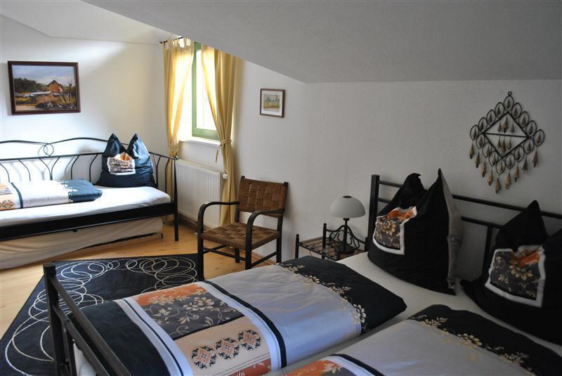 landhaus olduvai. Black Bedroom Furniture Sets. Home Design Ideas